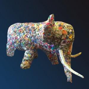 Une sculpture décor éléphant figurative, monumentale en Papier, Plâtre, Textile, Grillage, Fil de fer…
